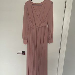 Beautiful Ricarica maxi dresses. Color dusty pink. Size XL.